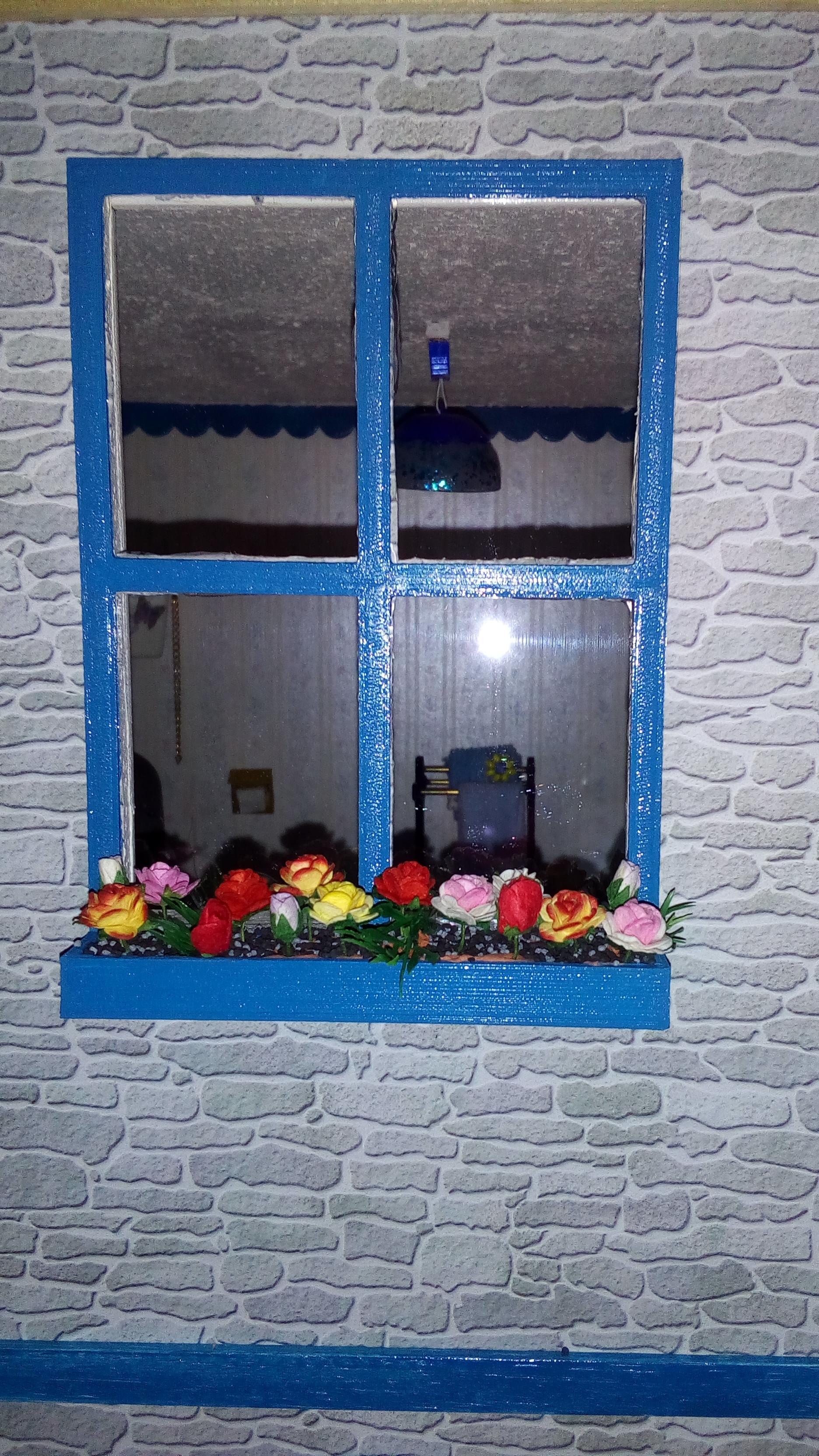 raam met bloembak